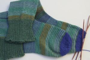 Bijna klaar met twee nieuwe sokken!